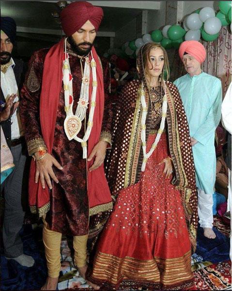 Yuvraj Singh and Hazel Keech at their Wedding in a JJ Valaya