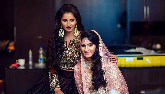 Sister of the bride style - Sania Mirza bowls us over with her fashion picks fro sister Anam's wedding week | Manish Malhotra | Curated By Witty Vows