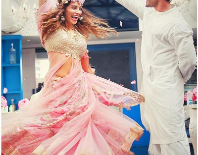 Top Indian Celebrity Weddings 2016 | Stunning wedding ideas from Bipasha Basu and Karan Singh Grover's wedding | Bipasha Basu's Mehendi | Bipasha in a pink chintz lehenga loral crown