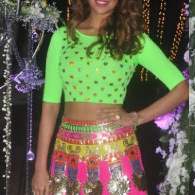 Esha Gupta wears a Manish Arora Lucra Blouse   Manish Arora's collection 2016 Blender's Pride   Mehndi outfit Ideas to steal from Manish Arora's New Collection