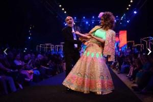 Kangana Ranaut walks the ramp for Manish Arora's collection 2016 Blender's Pride | Mehndi outfit Ideas to steal from Manish Arora's New Collection