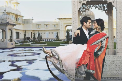 Best royal Indian wedding venue - Oberoi Udaivillas | royal wedding venues | royal wedding | destination wedding in india | Indian destination wedding | palace wedding venues | destination wedding venue | Royal Indian wedding venue | Pre wedding shoot at Oberoi Udaivillas by Mili Ghosh