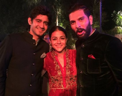 Yuvraj Singh's Wedding reception & Sangeet in Delhi | Garav and the groom