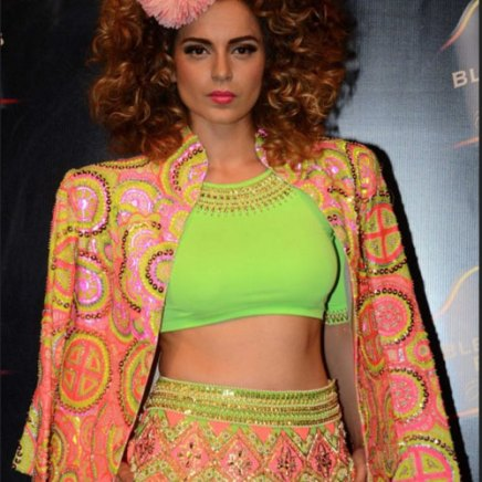 Kangana Ranaut wears a Manish Arora Jacket   Manish Arora's collection 2016 Blender's Pride   Mehndi outfit Ideas to steal from Manish Arora's New Collection