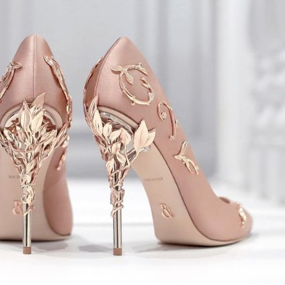 Latest designer wedding shoes for Indian Brides | Wedding heel | wedding wedges| bridal sandals | Sabyasachi Mukherji| Christian louboutin | jimmy choo | manolo Blahnik | Ralph & Russo | Wedding Salad | Oscar Dela Renta