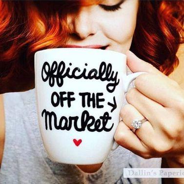 Ring photo idea| engaged | engagement announcement | Proposal ideas| engagement ring| instagram | wedding photo| pre wedding shoot |fiancé