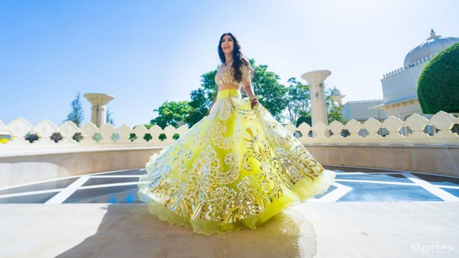 must have wedding pics for your wedding album | the bridal twirl photos | Indian bride in a lime green and silver Abu Jani and Sandeep Khosla outfit