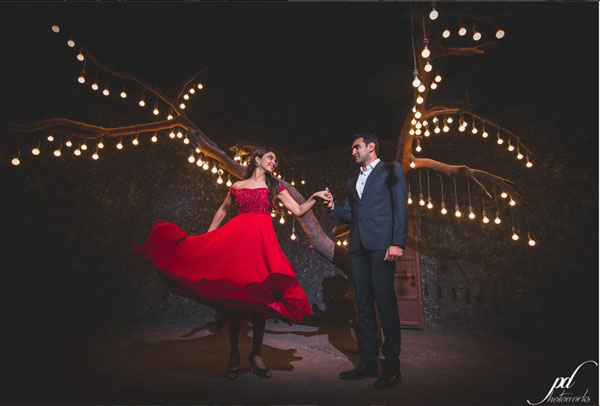 Find the perfect wedding photographer in delhi NCR | Pre wedding shoot tips for Indian couples | tv actress pooja's pre wedding shoot in a flowy red dress