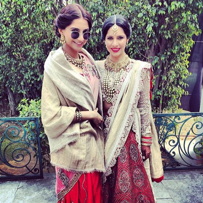 Indian Bride | Wedding Lehenga | Bridal Lehenga | Red Lehenga | wedding Dress | Photography by Stories by Joseph Radhik | Dress Test