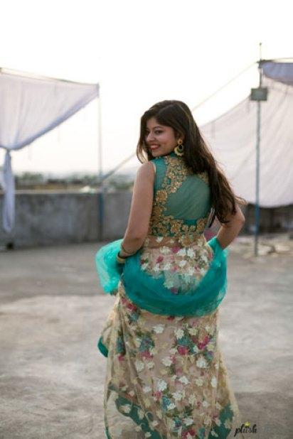 Indian bride in a floral lehenga for her mehendi | Mehndi happy bride | green and ivory floral lehenga | Divya and Nikhil | Bride running in her pretty floral lehenga