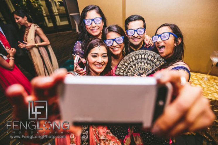 Snapchat custom story | Snapchat for your Indian wedding | Indian wedding bride and her friends taking a selfie
