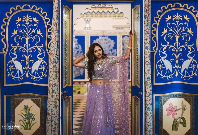 Indian fashion blogger wedding | Aayushi and smaran wedding photos | mehendi ceremony photos | liliac lehenga | royal Indian wedding