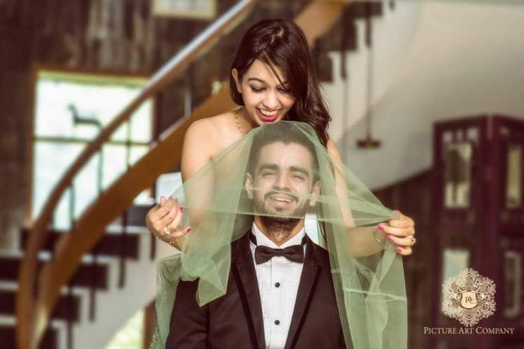 Pre Wedding Shoot in Delhi | Picture Art Company | Light green gown with frills | Kamakshi and Kshitij | Delhi Wedding | Fooling around | fun poses for the pre wedding shoot