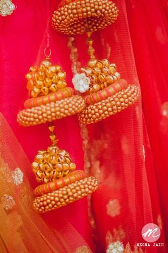 golden ghunghroo lehenga latkans