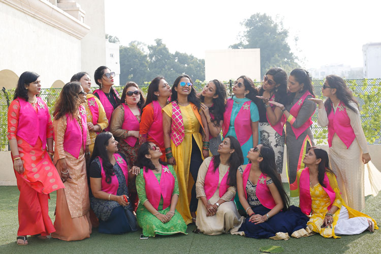 Apoorva and Arjun | Stunning wedding | Kanpur wedding | The bride having a gala time with her girl tribe. | Indian bridesmaids photo shoot