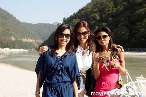 bollywood wedding goals   best friend's wedding   Indian bridesmaid duties   Aisha Rishikesh camping trip Sonam Kapoor