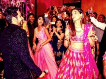Ayushmann Khurrana and Kriti Sanon Gate crash a wedding in Mumbai