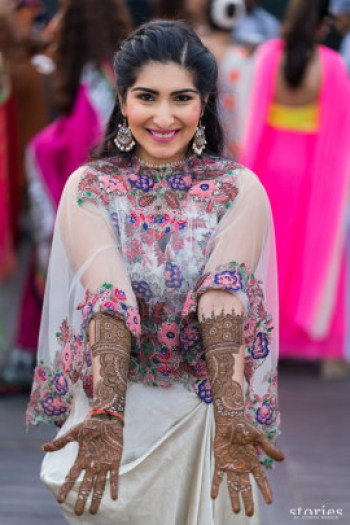 Cape dupatta | Trending & how – Practical Indian bridal fashion trends to make life SIMPLER!