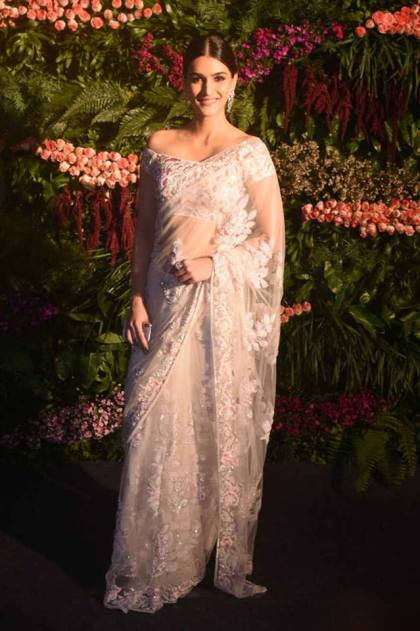 Manish malhotra saree |#VIRUSHKA - Fab Fashion Ideas to steal !