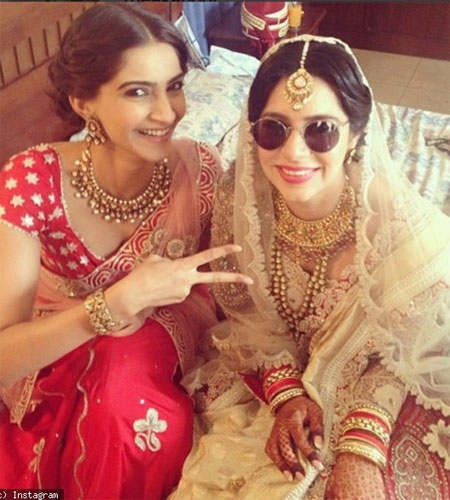 Sonam Kapoor wedding in jodhpur | Sonam Kapoor at a friends wedding