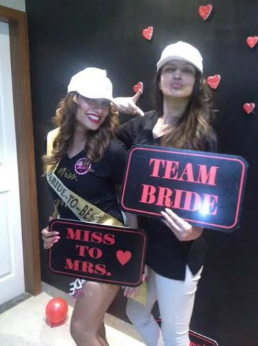 #FriendshipDaySpecial – Indian bachelorette ideas from celebrity bridesmaids
