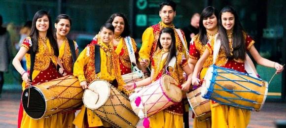 Female dholakwalas   #JustMaaruThings – Ideas to Celebrate your Teej Function in style