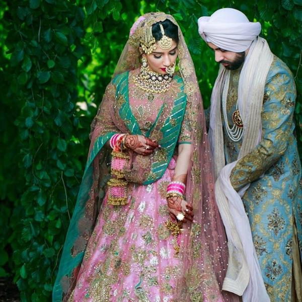 Indian Wedding Photography Ideas: A Sikh Wedding With A Dreamy Post