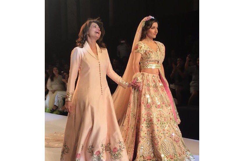 Bridal trousseau | Wedding dress | Indian brides | Second dupatta ideas