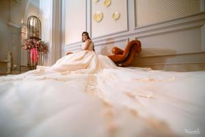 gown trail   Noor and Akshay   Delhi Weddings   Indian brides   Engagement outfit ideas   Bridal Gowns   Gown with a trail   Gowns for brides   White gown   Real Brides   Just Engaged   Bridal portrait   Wedding Photography  
