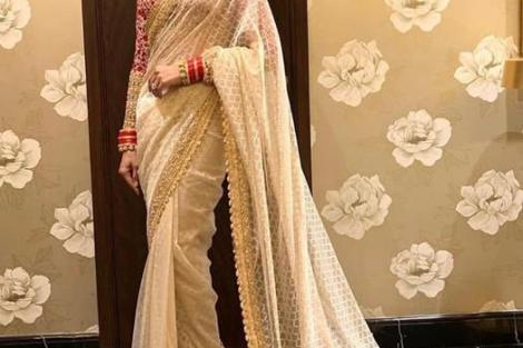 bollywood brides of 2018 | newlywed outfit ideas | Newlywed looks | Bollywood wedding | celebrity fashion | Deepika Padukone | Priyanka Chopra | Sonam Kapoor | Ranveer singh | Nick Jonas | power dressings | choora | mangalsutra | Sindoor | Rubina | Additi Gupta |