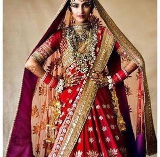 Sonam Kapoor in a Red Lehenga | Bridal jewellery | Red lehnga |
