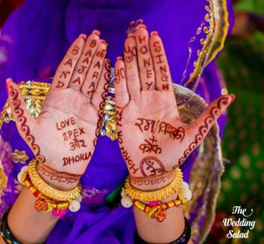 BFFs Wedding | Henna design ideas | Minimal and cool mehendi designs | Mehandi ideas | Bridesmaids | Henna for girls | Trending new designs of mehndi | Designs | Minimal | Bride tribe | Team Bride | Bride squad