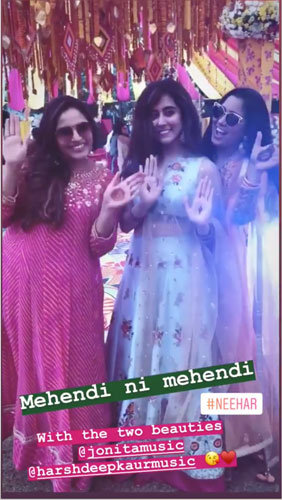 Neeti Mohan wedding | Neeti Mohan with husband at their mehendi in hyderabad | Neeti Mohan in a yellow lehenga | Harshdeep Kaur joint Gandhi and tanusha Bajaj on her mehendi