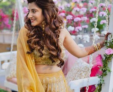 Outfit by JADE | Yellow lehenga | Trishala Love Bug | Wedding Blogger | Mrinanili Chandra jewllery | Bridal Makeup | Bridesmaids | Indian bridesmaids | Wedding Photography | The Wedding Salad | Mehendi | Haldi ceremony