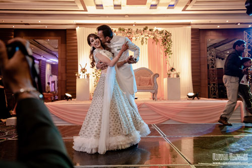 Couple dance | Twinning couple | Indian actress wedding | Color coordinated couple outfits