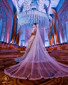 Long dupatta for Indian Brides   Veils   Indian Bridal Photography   Outfit Inspiartion   New Fashion