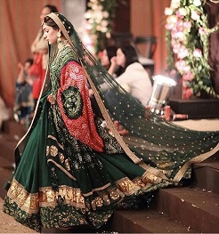 Double dupatta for lehenga   Indian Bridal fashion   Bandhej   Sabyasachi mukherjee   Green and gold   Bridal lehenga   Designer
