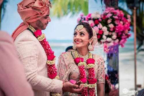 #pasha2019 | Beach wedding in Kenya | Paayal & Samir | Stunning | Beautiful couple