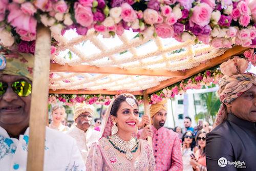 #pasha2019 | Beach wedding in Kenya | Paayal & Samir | Indian wedding Photography | Bridal details