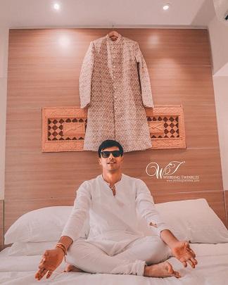 Indian Wedding Photography | Groom ideas | Inspiration | Sherwani | Getting ready photoshoot | Indian Weddings