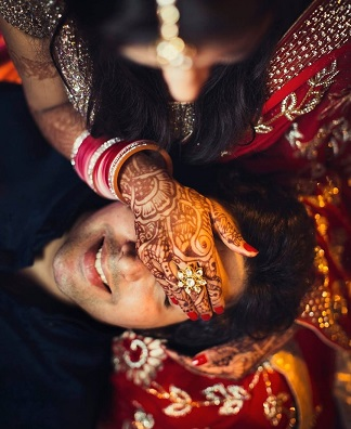 Romantic couple pictures | Newlyweds | Romance | Post Wedding Shoot | Couple Goals | happinesss | Indian wedding Photography | Bridal trends