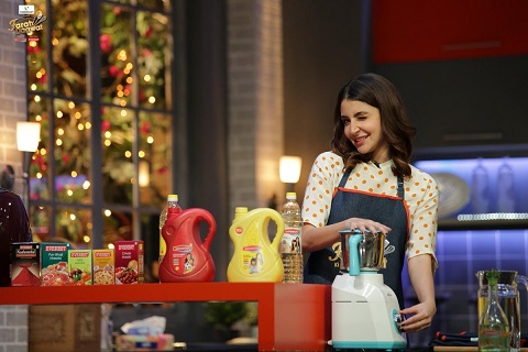 Anushka Sharma Cooking in Kitchen | New Bride | First diwali as a couple | Newlyweds | Saas Bahu | Trending now | indian Wedding Blog