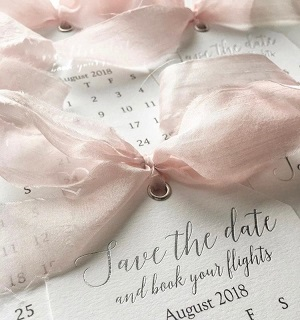 Cute save the dates | Ribbons and bows | Wedding invites | Save the dates |