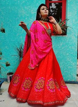 Red and Pink Bridal lehenga | Color combinations | Real Indian brides | Garbha | Dandiya nights | Twirling away
