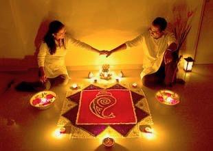 Couples at Diwali with RANGOLI | Rangoli ideas| Couple goals | Getting Married | New house | Romance