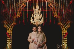 A dreamy destination wedding in Udaipur | couple photo shoot ideas | Priyanka and Parth captured on their wedding day
