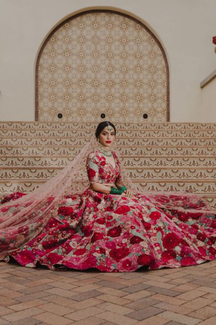 bridal portrait | how to pose for a bride