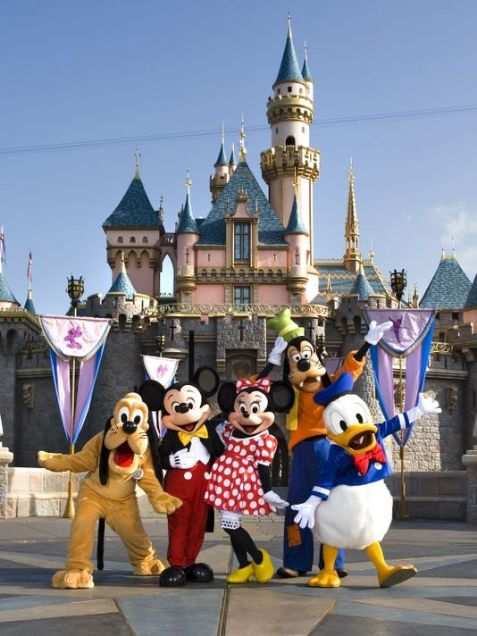 disney characters at disneyland |