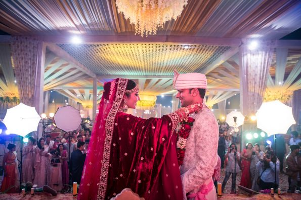i do moment for bhavna and jitender | Prettiest Floral Wedding Backdrop