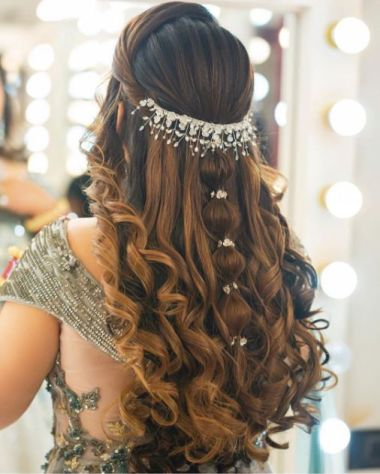 beautiful hairstyle ideas for an indian bride